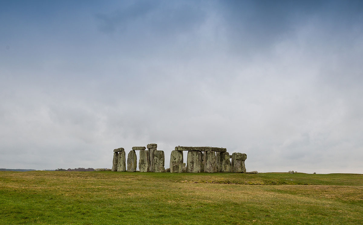 fb1d87fddb Stonehenge and the Scope of Uncertainty (Skeptoid  655) - There are things  we don t know about Stonehenge