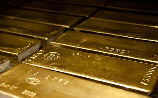 Student Questions: Gold as an Investment and FEMA Coffins